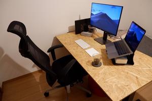 USB Type-C対応のディスプレイを買かったら配線がスッキリしてホームオフィスの環境がよくなった